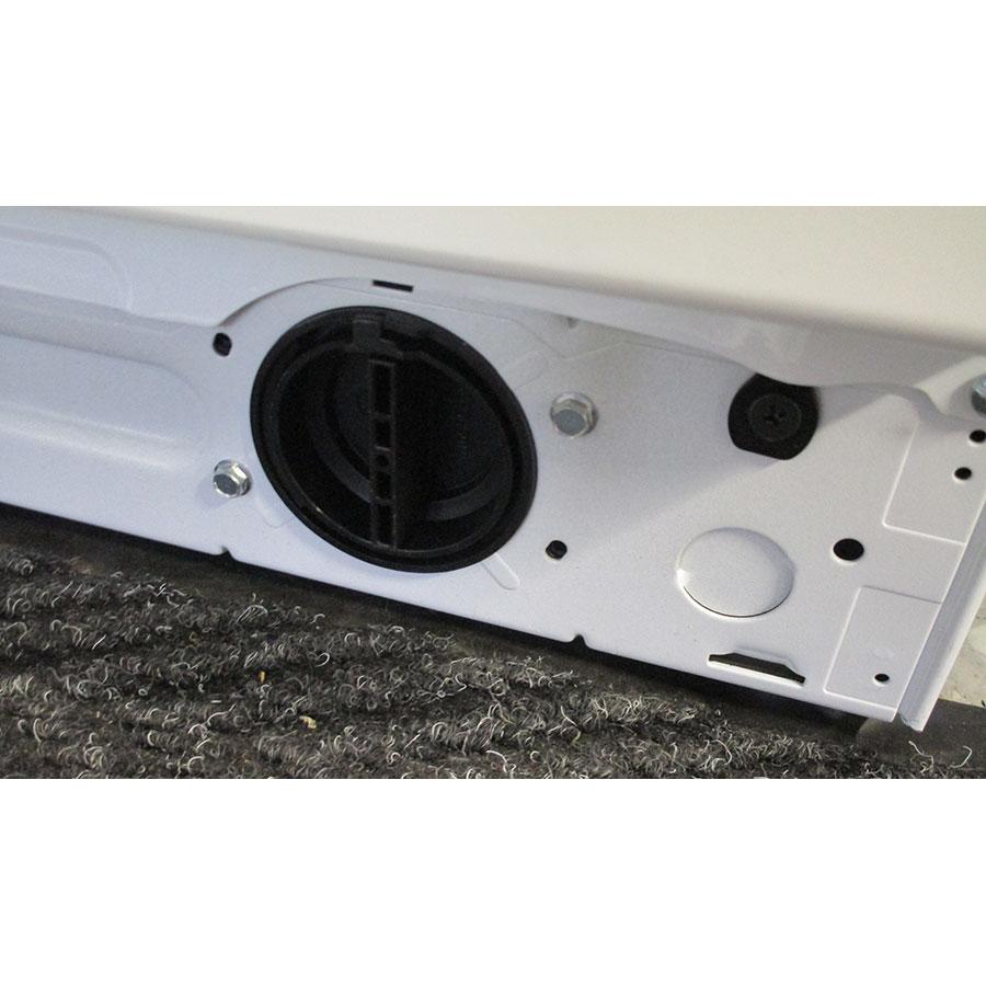 Whirlpool FSCR12443 6ème Sense Live(*37*) - Bouchon du filtre de vidange