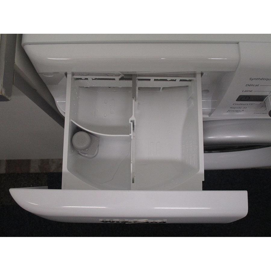 Whirlpool FWG91484WS FR - Compartiments à produits lessiviels