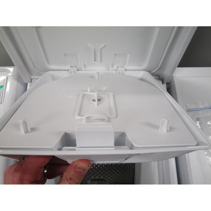 Whirlpool TDLR60230 - Retrait du bac à produit