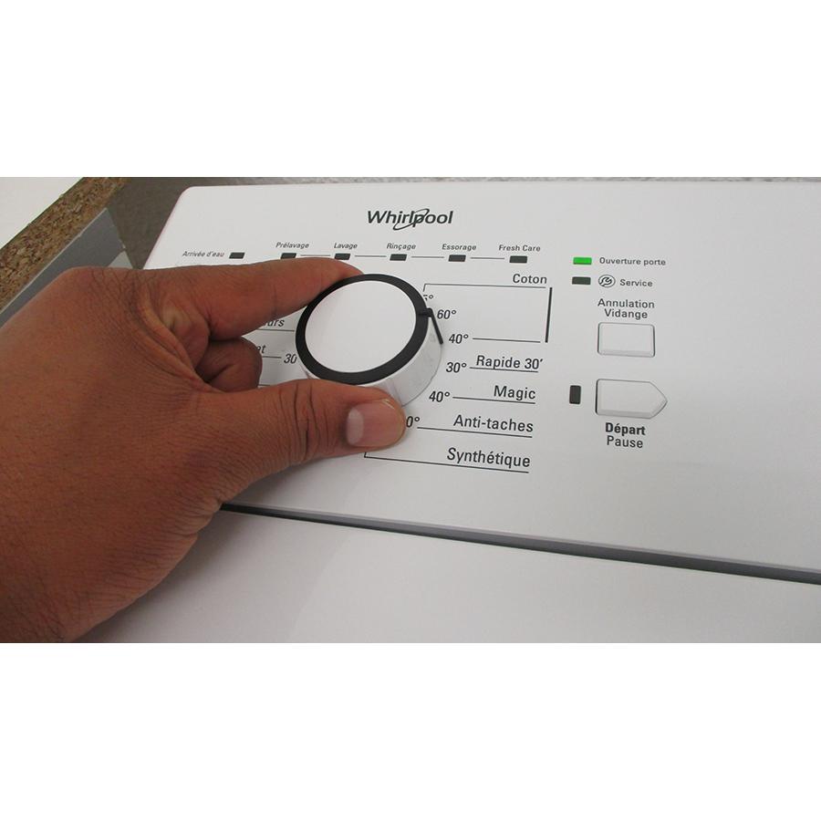 Whirlpool TDLR6228FR/N - Visibilité du sélecteur de programme