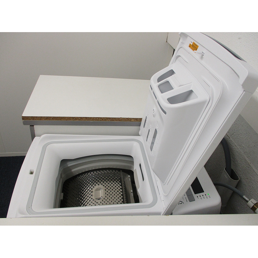 Whirlpool TDLR65230SFRN - Angle d'ouverture de la porte