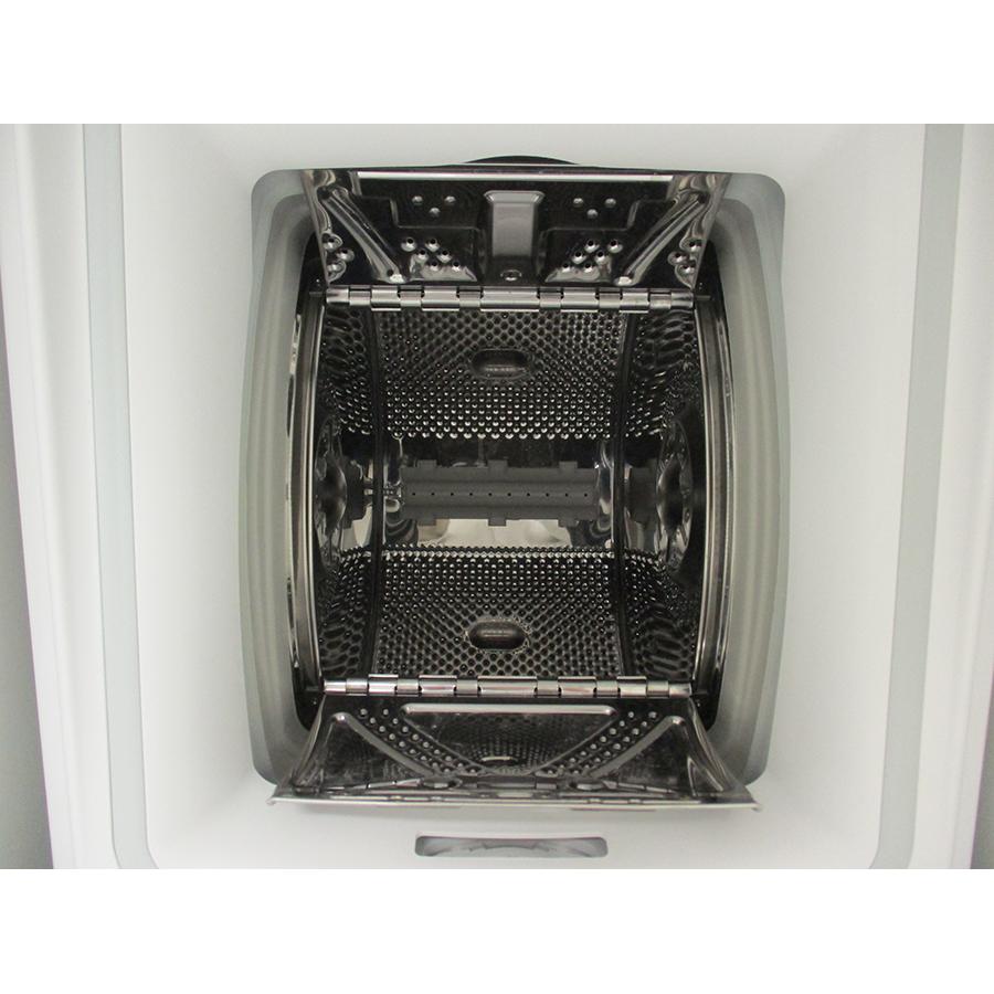 Whirlpool TDLR65230SFRN - Tambour ouvert