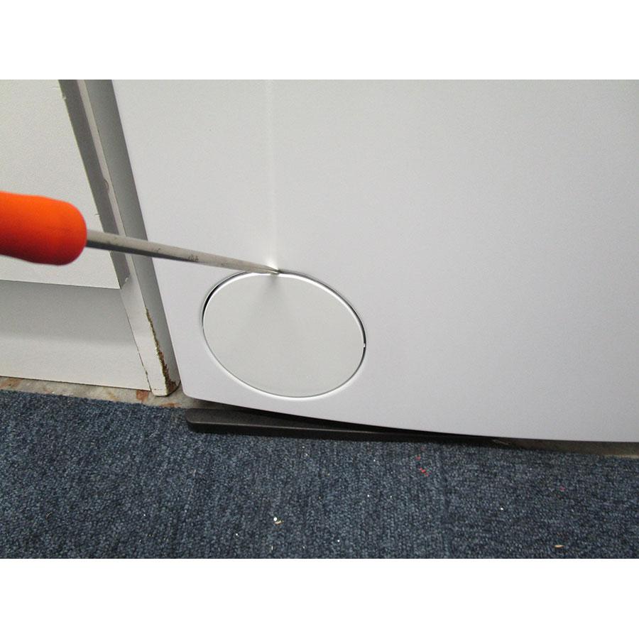 Whirlpool TDLR65330 - Outil nécessaire pour accéder au filtre de vidange