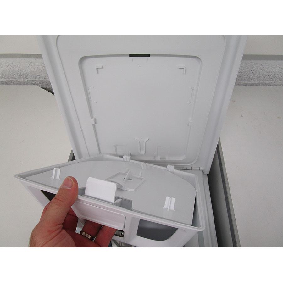 Whirlpool TDLR65330 - Retrait du bac à produit
