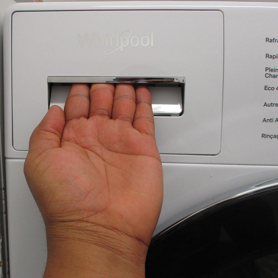 Whirlpool W6XW845WRFR Silence - Ouverture du tiroir à détergents