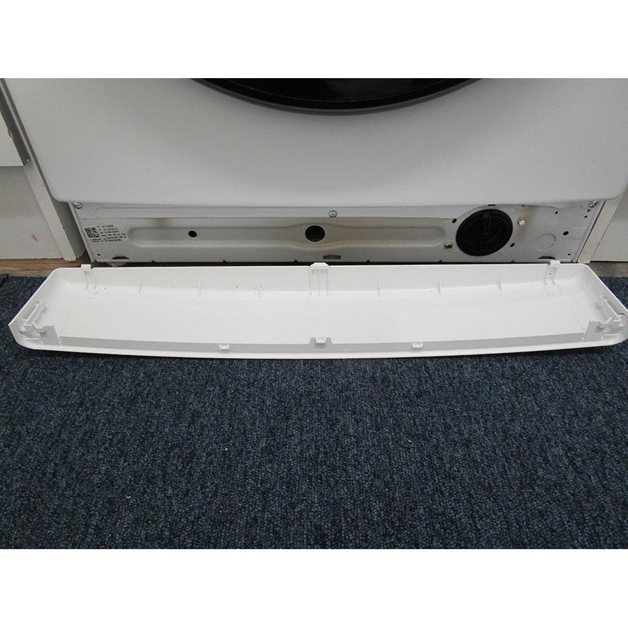 Whirlpool Zendose10 - Plinthe masquant le filtre de vidange