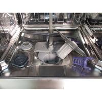 Beko DDFN38420W - Réservoir à sel ouvert et retrait du filtre