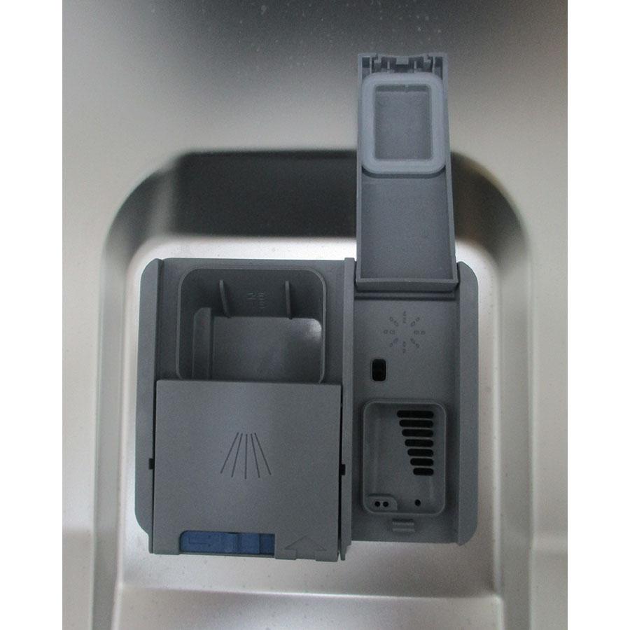 Beko DFS28120S - Compartiment à produits