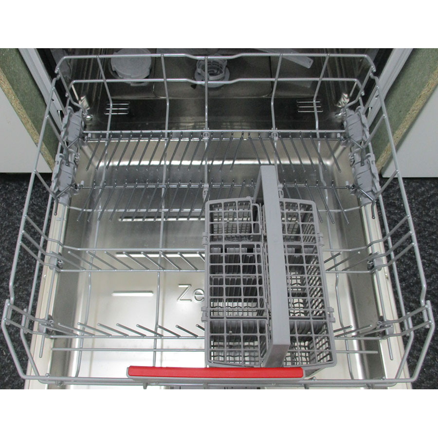 Bosch SMI45IS04E - Tiroir inférieur