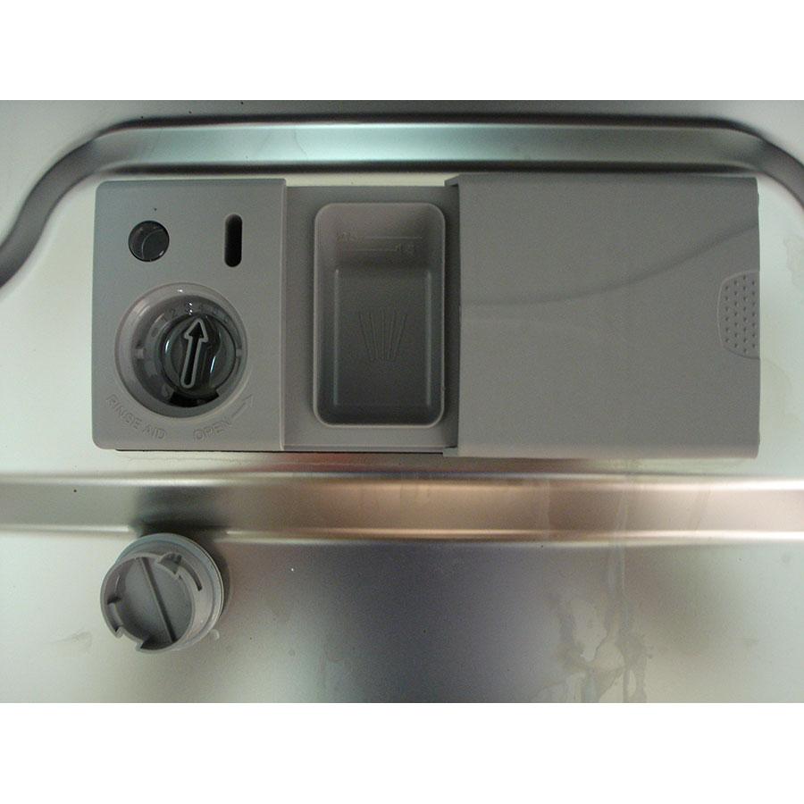 Brandt DFH12227W - Compartiment à produits
