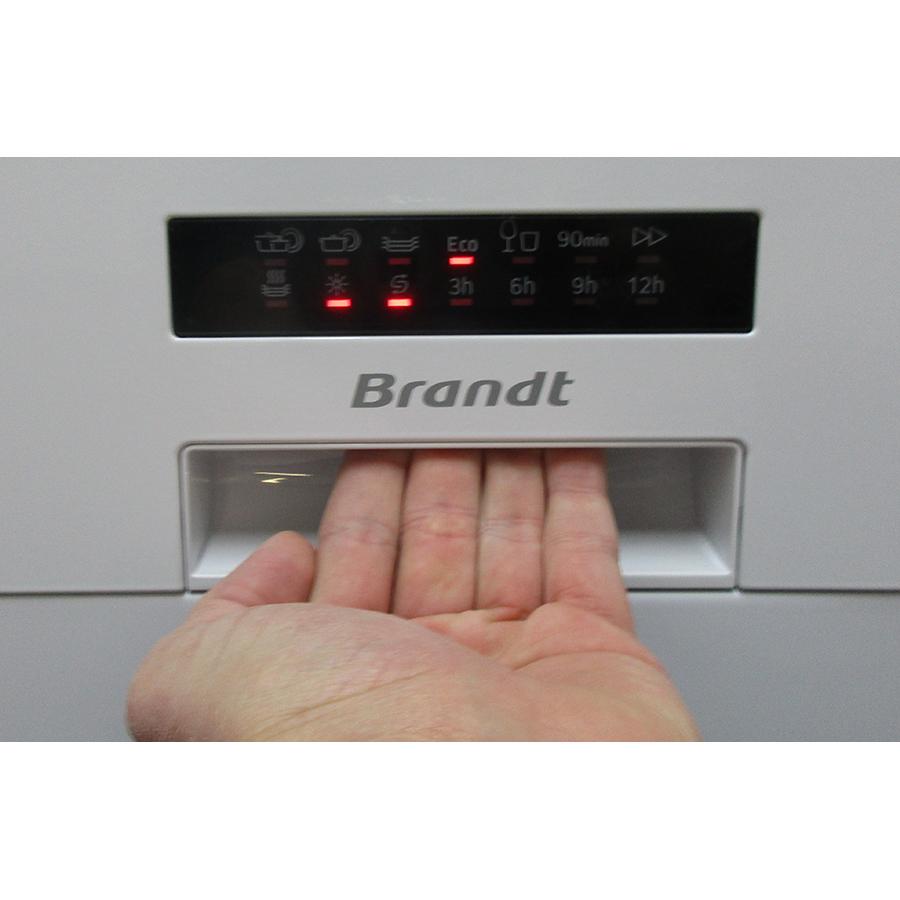 Brandt LVC137W - Poignée d'ouverture