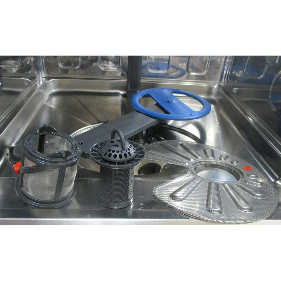 Electrolux EEC87300L - Réservoir à sel et retrait du filtre