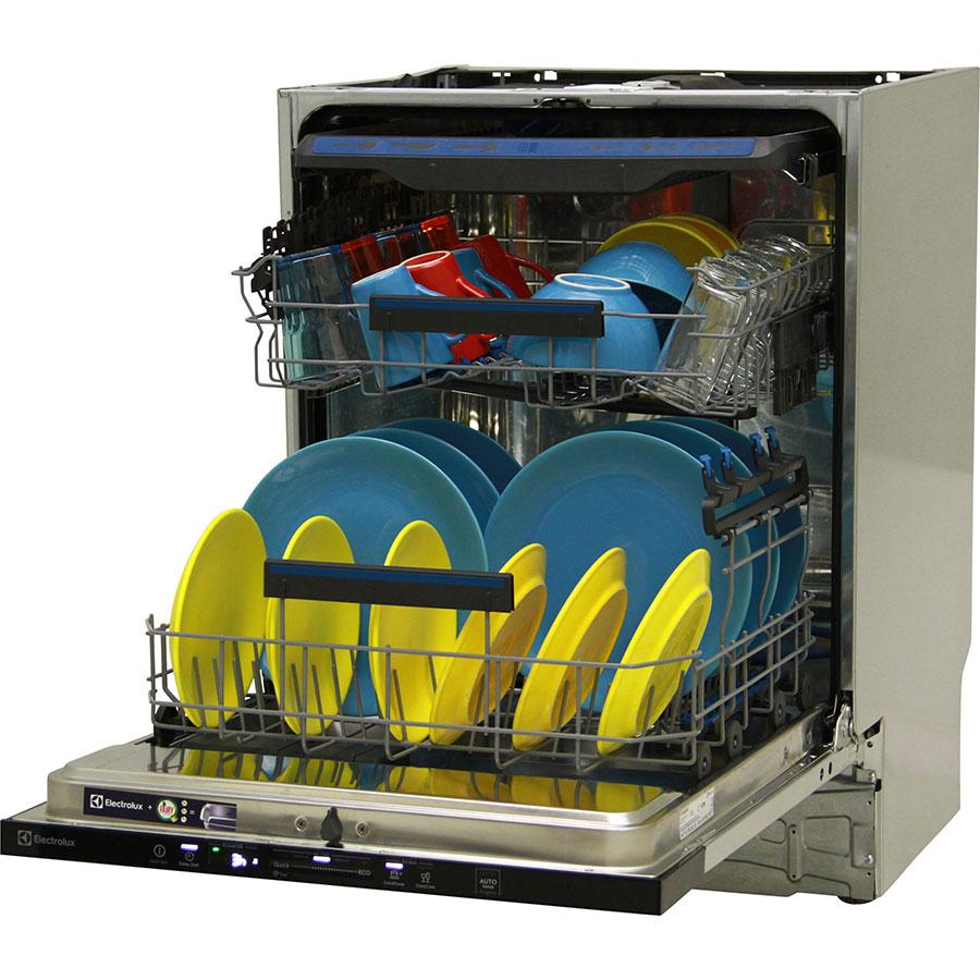 Electrolux EEG48200L - Vue de 3/4, porte ouverte