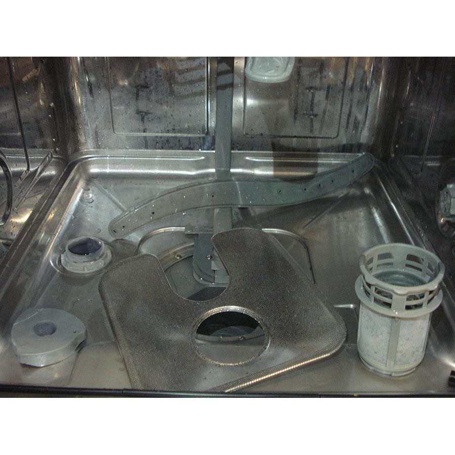 Far LV12C47GZ17W  - Réservoir à sel et retrait du filtre