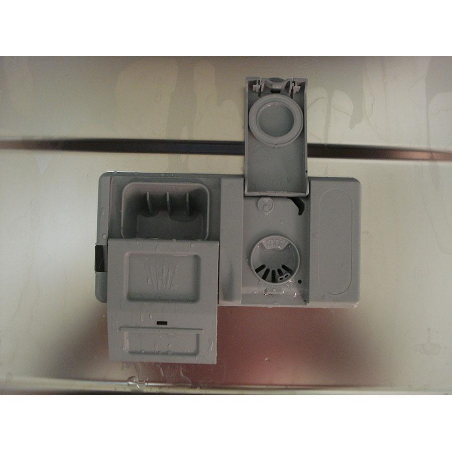 Indesit DIFP8T94Z - Compartiment à produits