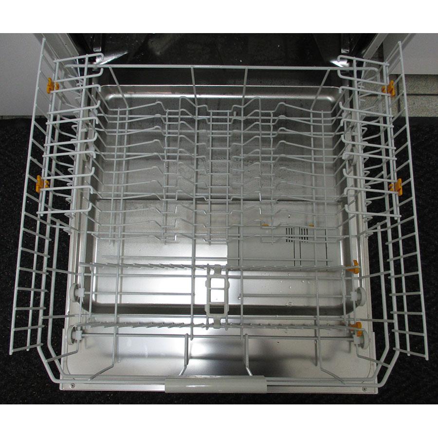 Miele G 6000 SC bw  - Tiroir inférieur