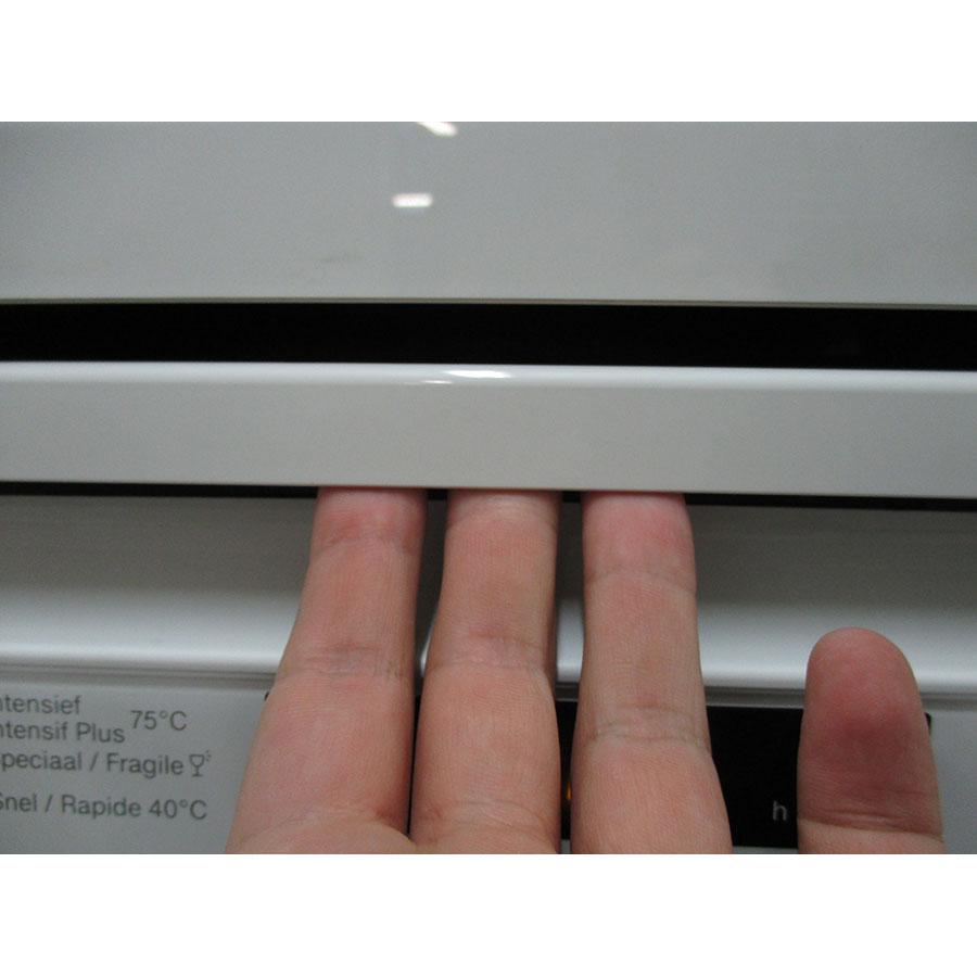 Miele G 6000 SC bw  - Poignée d'ouverture