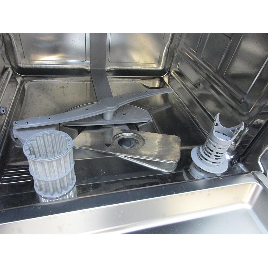Siemens SN23HW60CE - Réservoir à sel et retrait du filtre