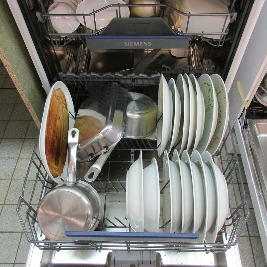 Siemens SN23HW60CE - Rangement panier inférieur