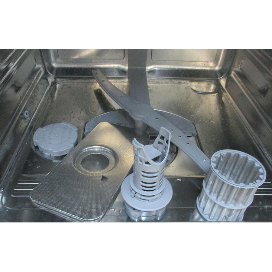 Siemens SN636X03JE - Réservoir à sel et retrait du filtre