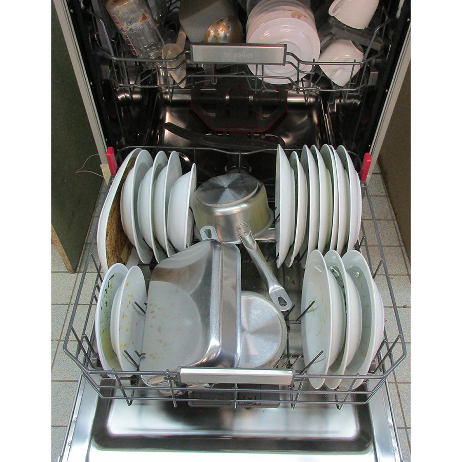 Whirlpool WFO3O41PLX - Rangement panier inférieur