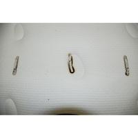 Simmons Éclat - Test d'inflammabilité : trois cigarettes sont allumées et placées sur le matelas