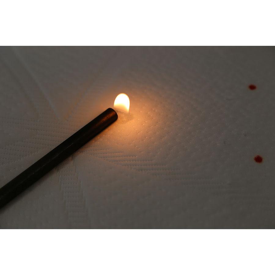 Conforama Nightitude Extase(*20*) - Test d'inflammabilité effectué avec une allumette
