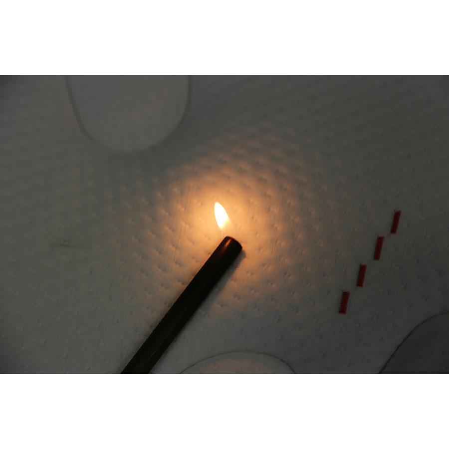 Dunlopillo Aiglon (gamme Primo) - Test d'inflammabilité effectué avec une allumette