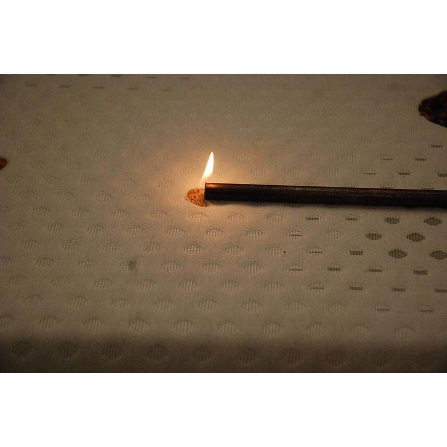 MyMoosie Le matelas MyMoosie - Test d'inflammabilité effectué avec une allumette