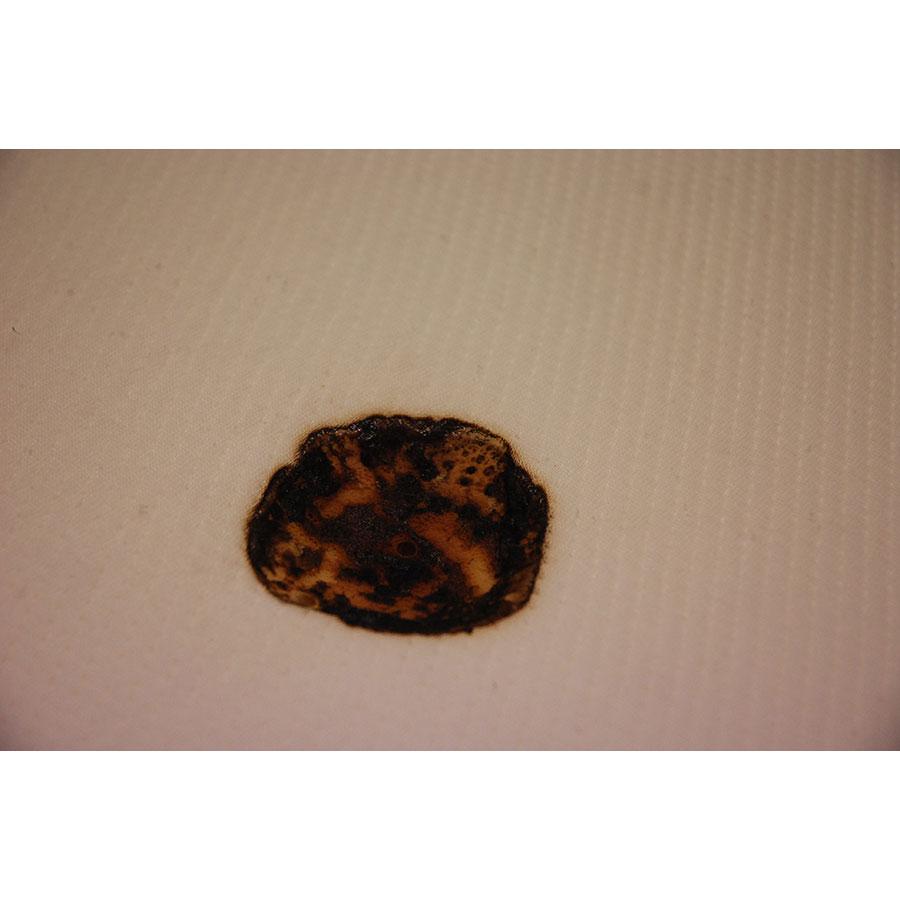 Tediber Le matelas Tediber(*8*) - Résultat du test d'inflammabilité avec une allumette