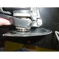 Black & Decker MT 300 KA - Mise en place d'une lame dans le porte outil manuel
