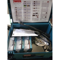 Makita TM3010C - Assortiment d'accessoires livrés de série