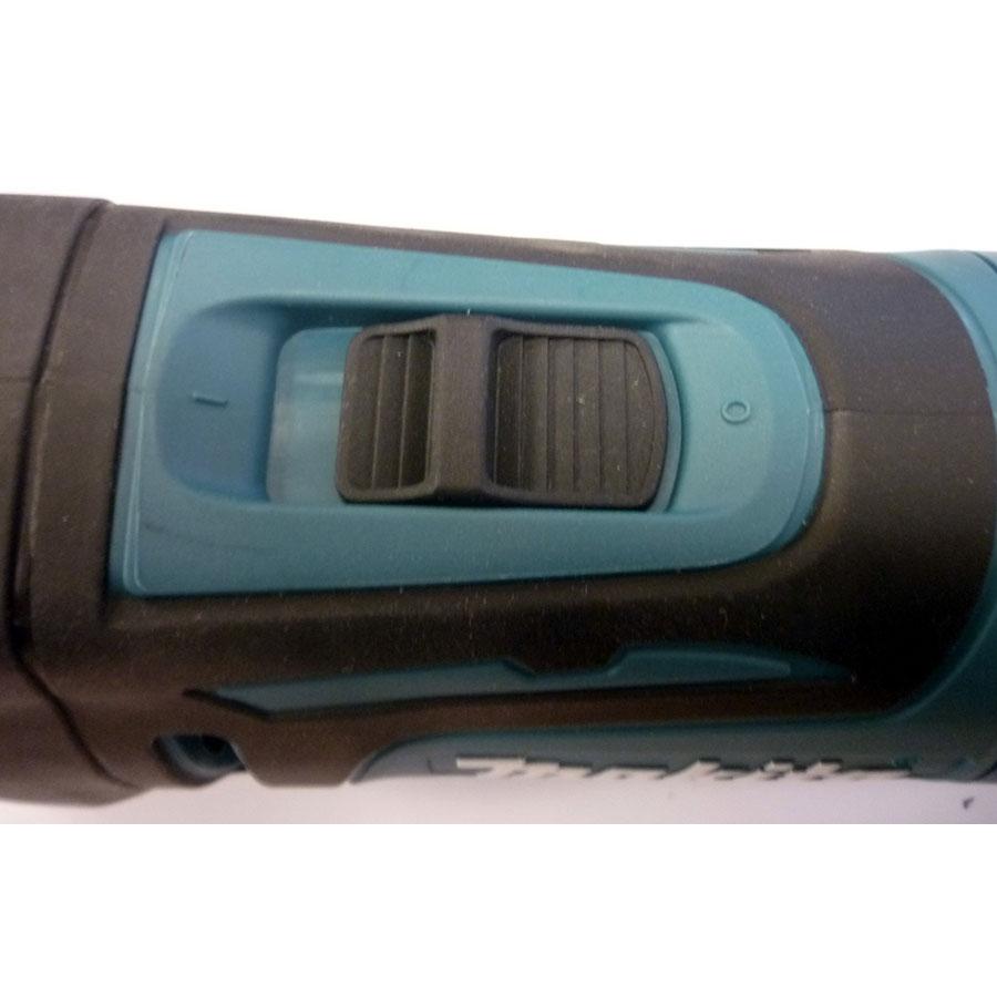 Makita TM3010C - Bouton marche/arrêt
