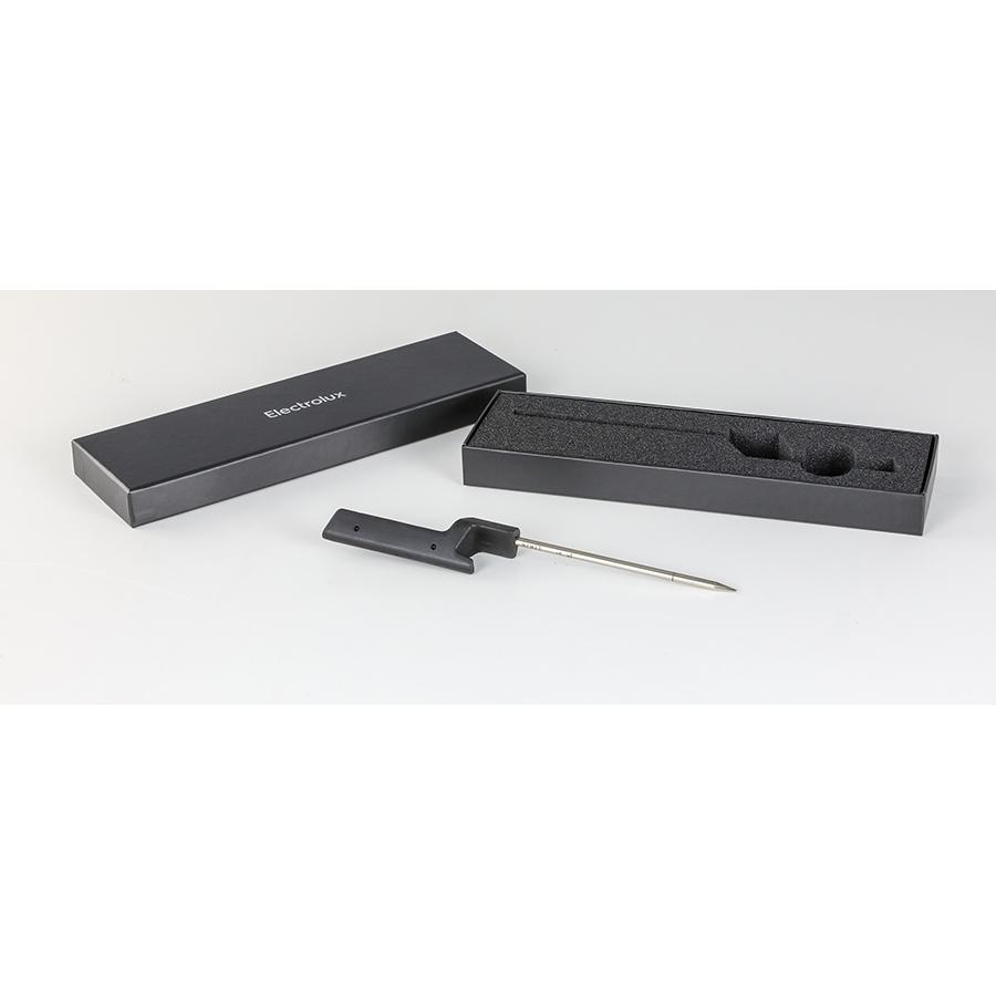 Electrolux SensePro EIS8648  - Sonde de cuisson sans fil fournie