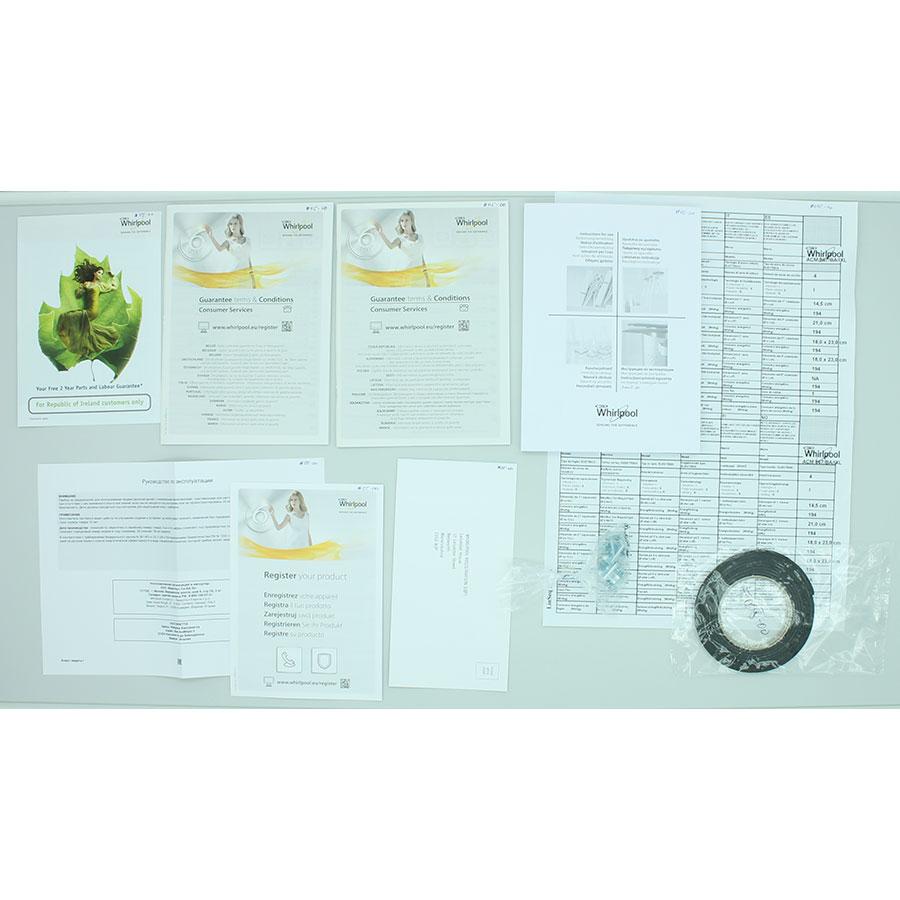 Whirlpool ACM867/BA/IXL - Accessoires et documents livrés avec le produit