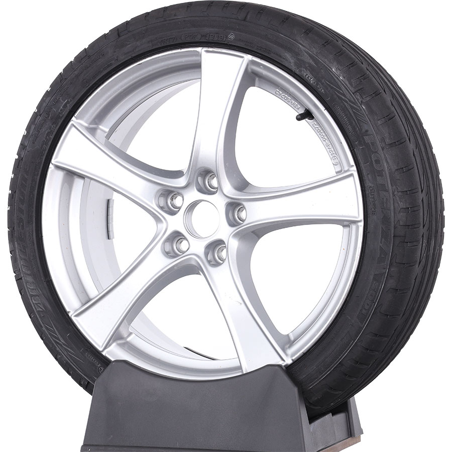 Bridgestone Potenza S001 -