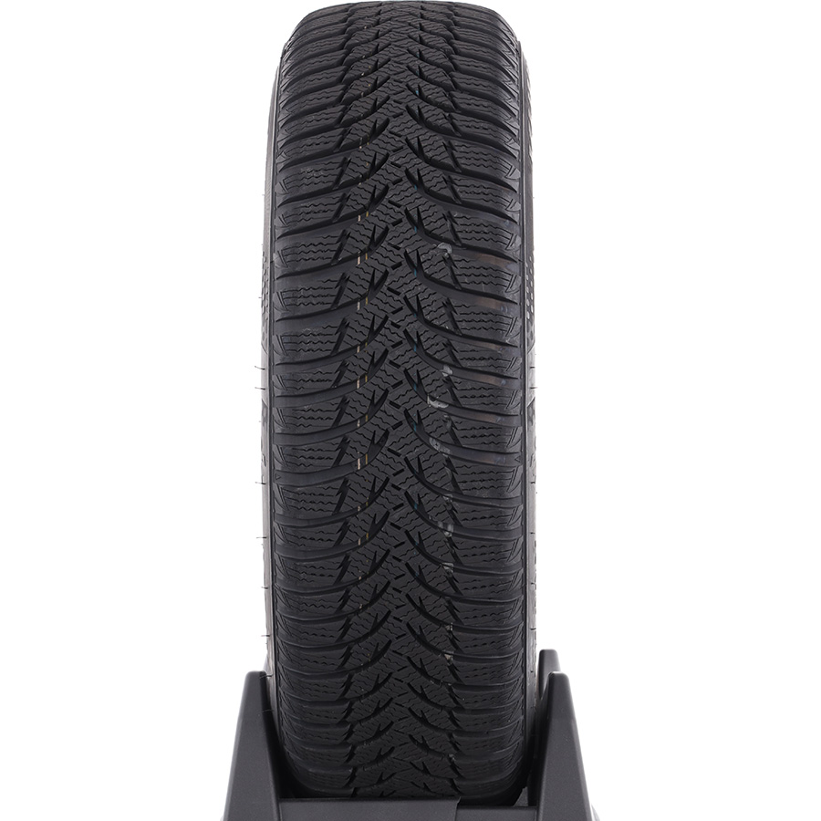 Kumho WP51 Wintercraft -