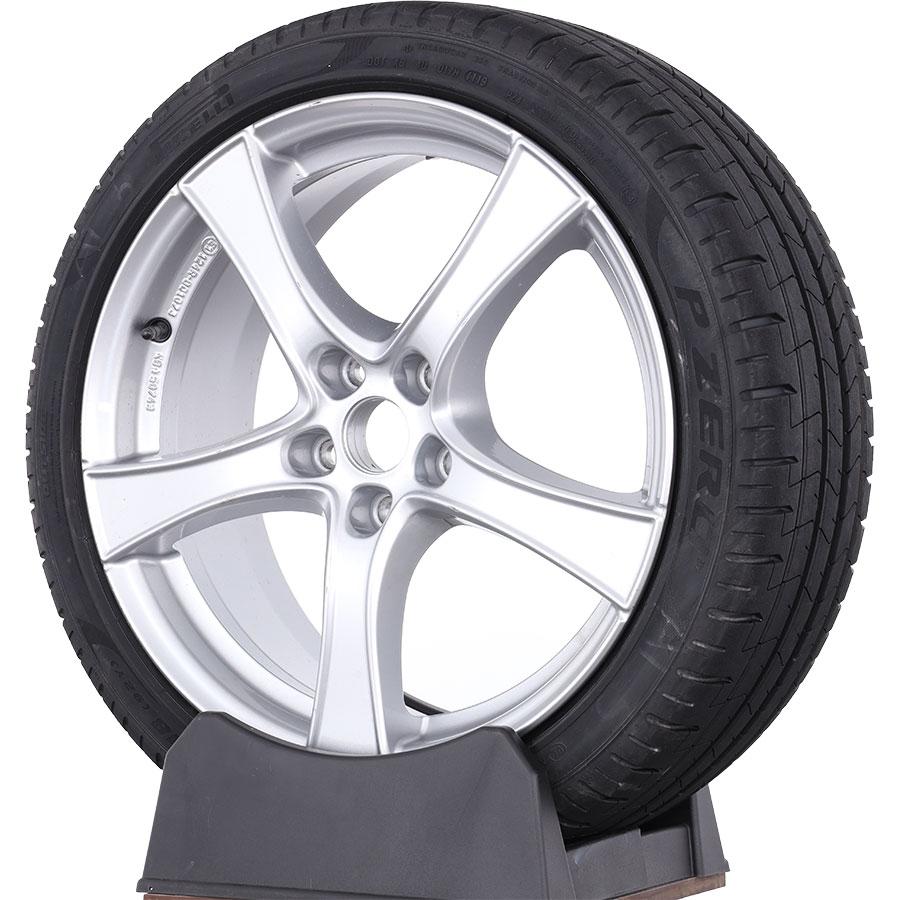 Pirelli P Zero -
