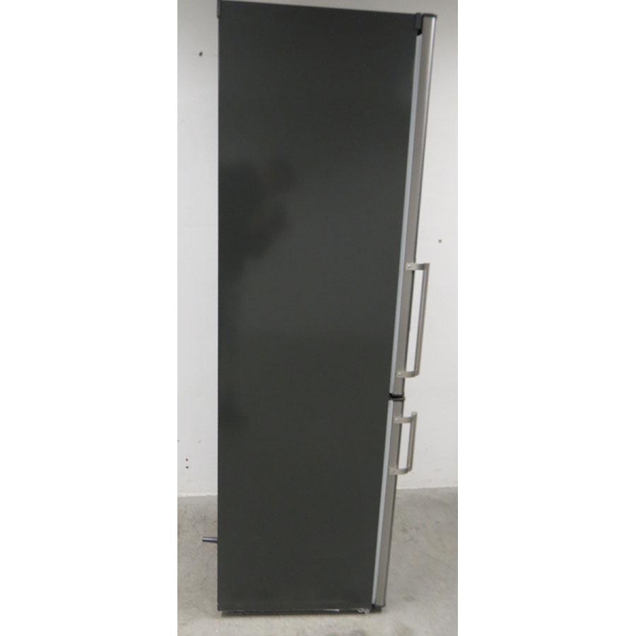 Candy CCBS6182WH - Intérieur du réfrigérateur