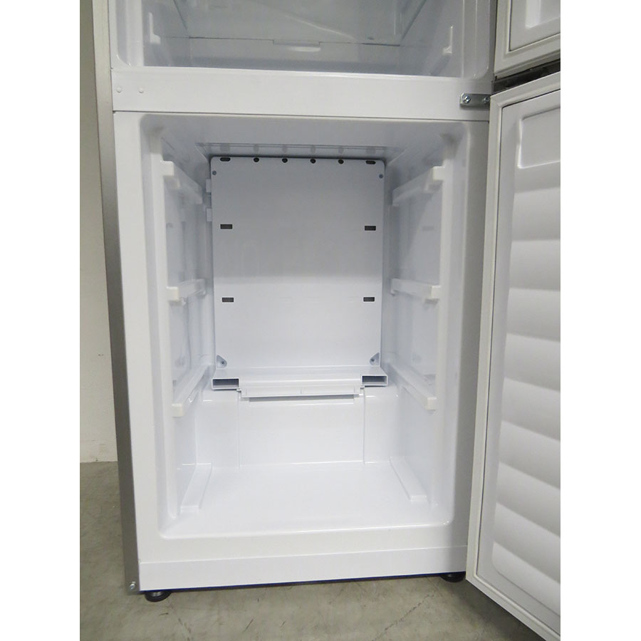 Candy CF 18 S WIFI - Intérieur du congélateur sans les tiroirs