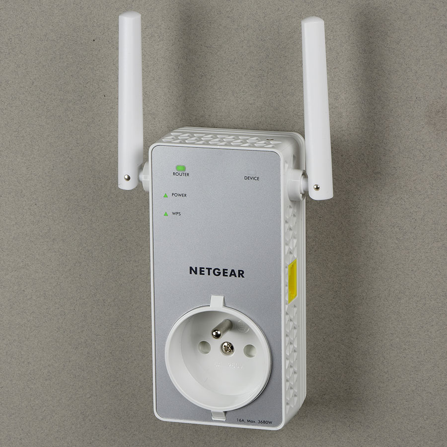 Netgear EX3800-100FRS -