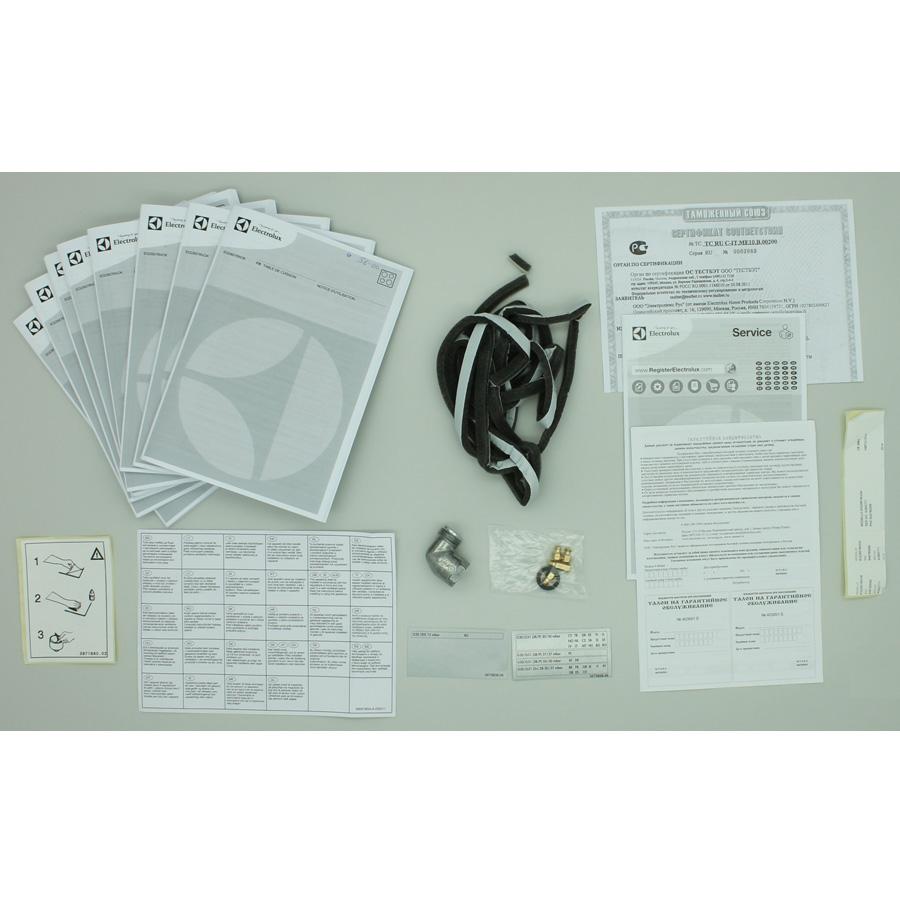 Electrolux EGD6576NOK - Accessoires et documents livrés avec le produit.