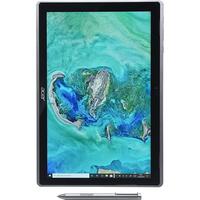 Acer Switch 3  - Vue à l'horizontal avec le stylet fourni