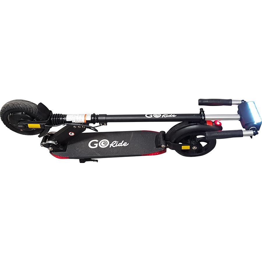 GoRide 80 Pro Night Edition - Le guidon pliable permet de réduire l'encombrement de la trottinette lorsqu'elle est pliée.