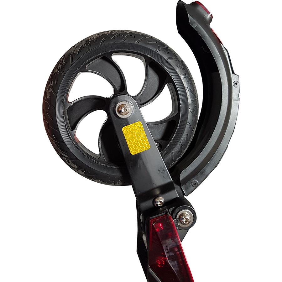 GoRide 80 Pro Night Edition - À l'arrière, une roue pleine de 8 pouces.