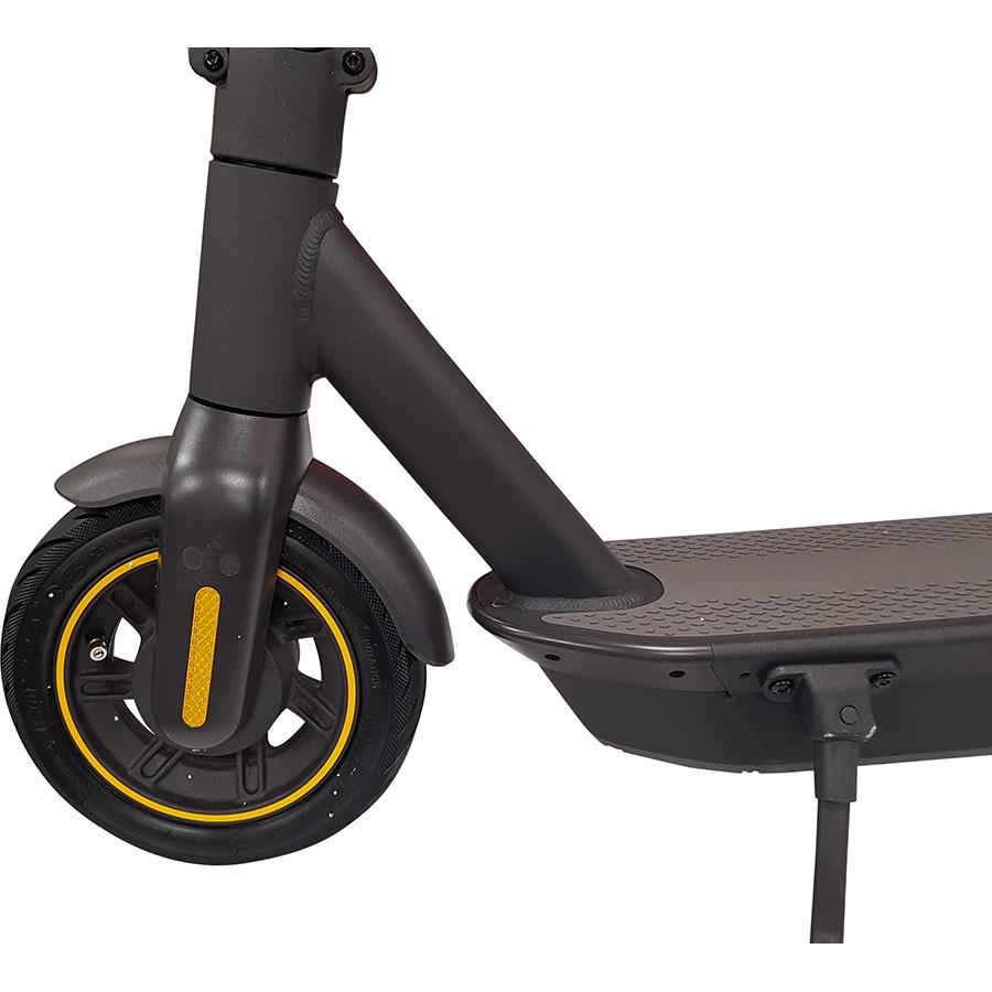 Ninebot KickScooter Max G30 - À l'avant, la roue de 10pouces avec pneu gonflable.