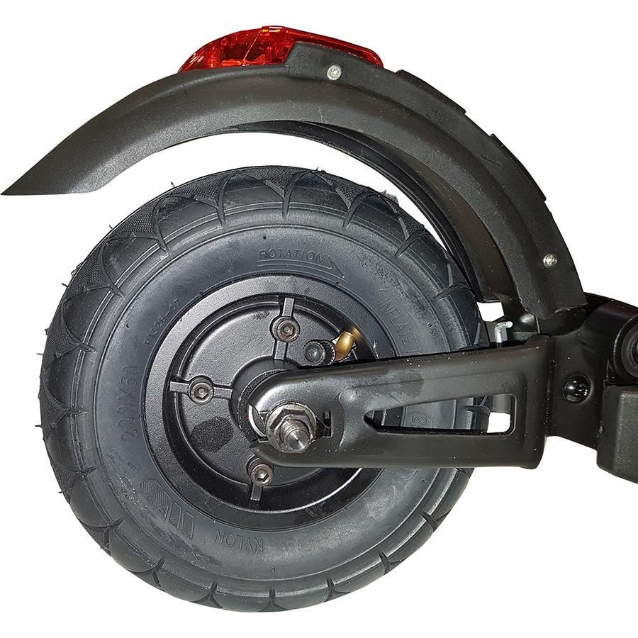 Qilive Q.4324(*1*) - Le pneu arrière (8,5pouces) est gonflable.