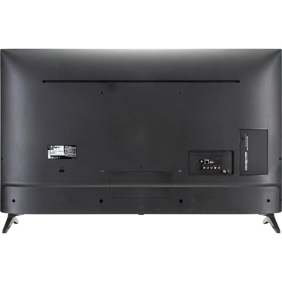 LG 49UM7050 - Vue de dos