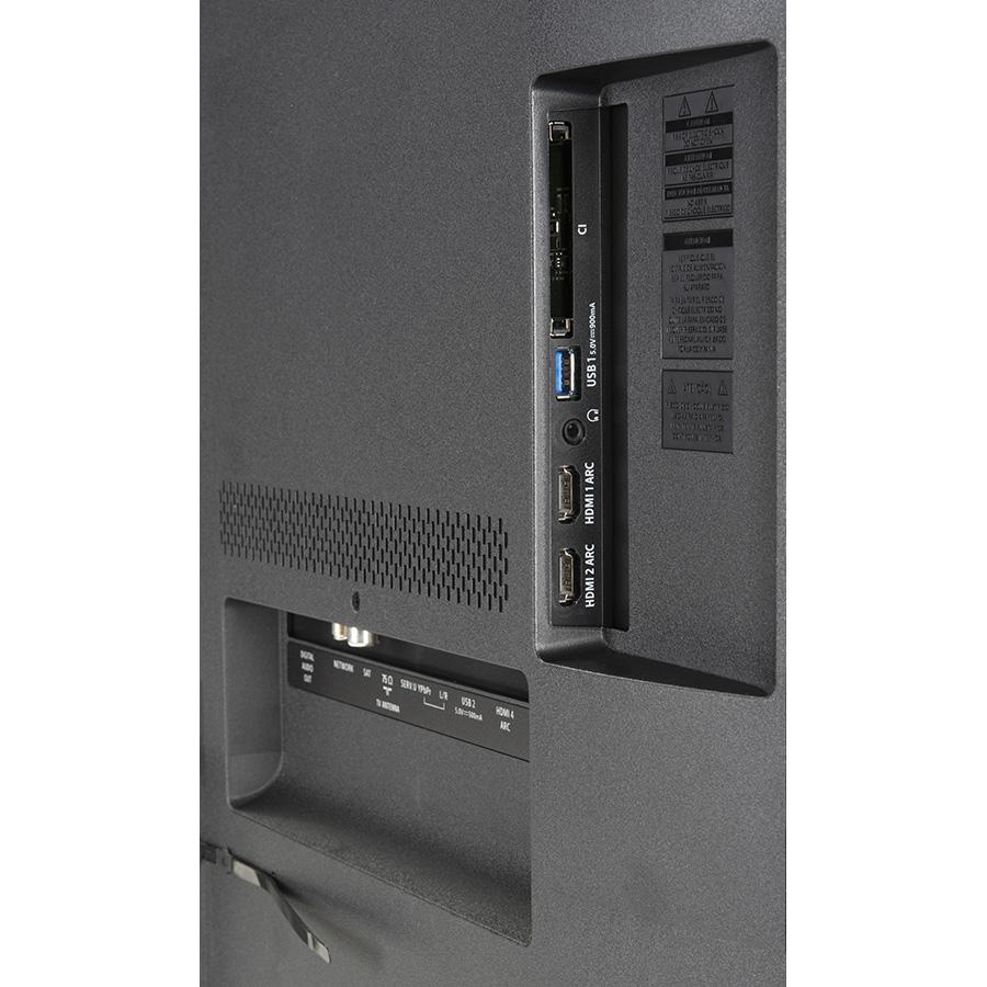 Philips 50PUS8804 - Connectique
