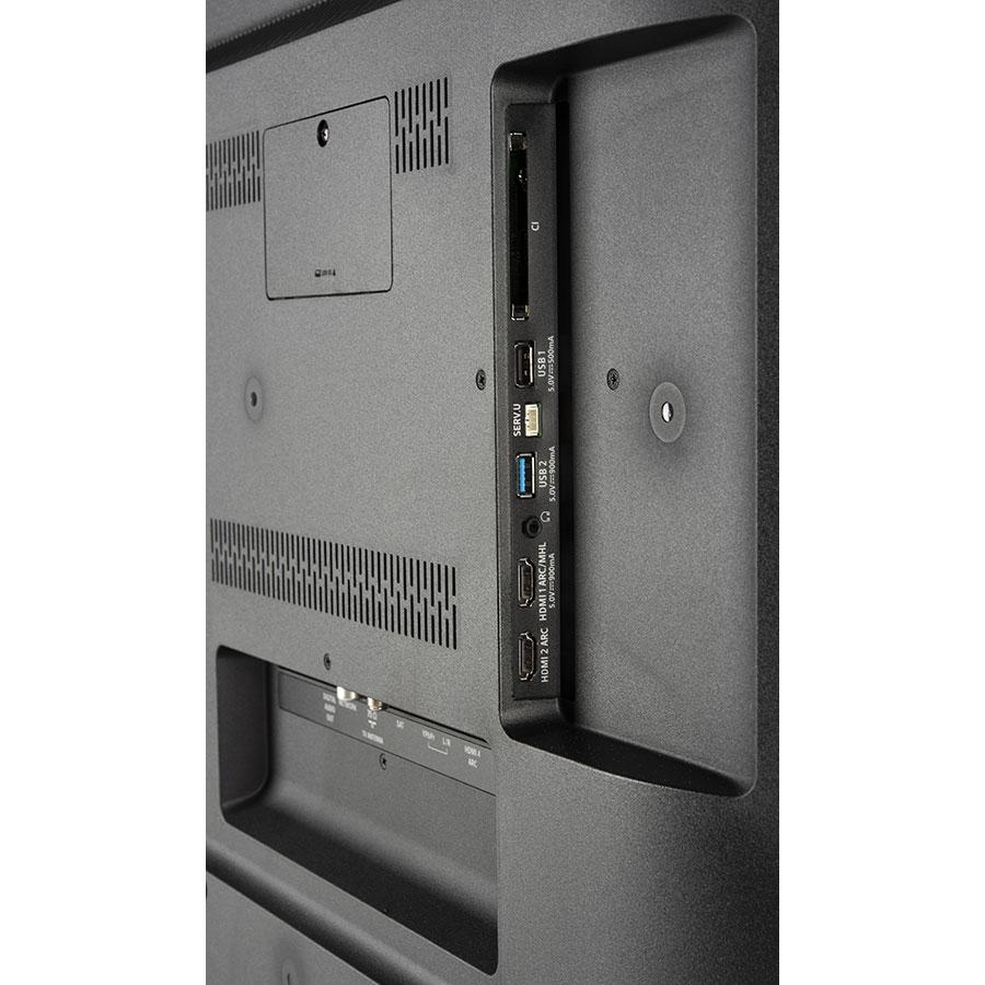 Philips 55PUS7303/12 - Connectique